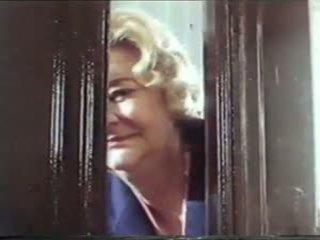 Vanem aastakäik granny porno film 1986, tasuta granny porno video 47
