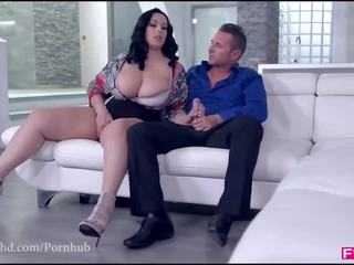 Fuckinhd : Big Titty Pizza Delivery