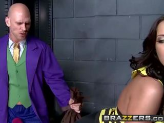 Kelly Divine Johnny Sins - The Bumtastic Bumblebee Girl - Brazzers