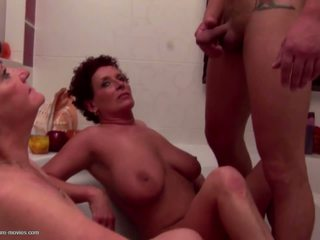 Pissing Group Sex with Matures Without Limits: Free Porn aa