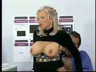 heet grote borsten film, grannies vid, u oude + young porno