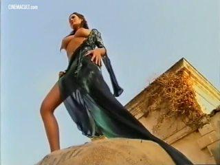 Manuela arcuri - 2001 calendar 後台, 色情 d8