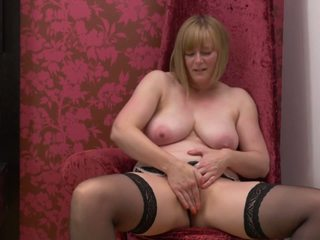Natural Busty Mature Mother with Sweet Body: Free Porn 1c
