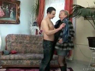 zuigen scène, meer oud, grootmoeder mov