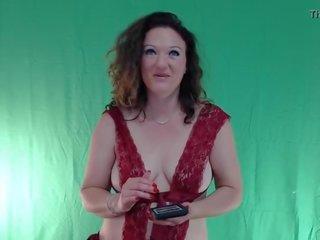 Barecvelvet Loves To Watch Porn On Xvideos.com