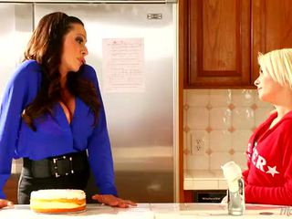Stepmom Ariella Ferrera and Maddy Rose at Mommy's Girl