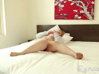 Yanks Curvy Lea Nights Plays, Free Orgasm Porn d1