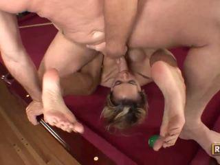 Halia hill getting banged në the billiard tryezë