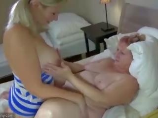 Oldnanny nonnina e giovanissima masturbate con sextoy