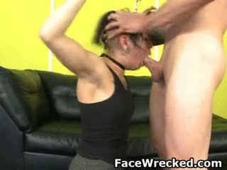 brunette porno, nieuw pijpbeurt scène, echt drietal video-