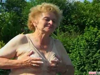 hot older, nice granny, outdoor posted