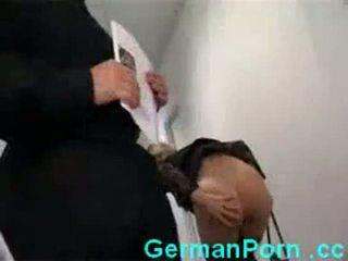 Gospodinja analno pisarna