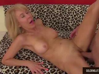cea mai mare femeie penis)