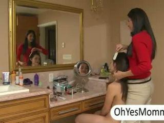 b-yfriend joins Melanie with step mom