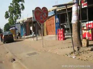 แอฟริกัน non-professional caresse.