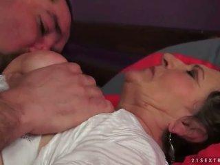 echt hardcore sex film, plezier orale seks, zuigen thumbnail