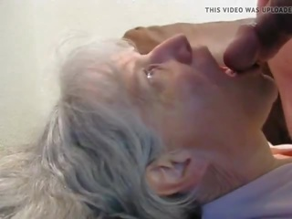 meer cum in de mond gepost, oma, een grannies