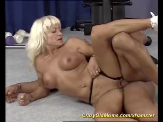 Skinny Muscle Mon Needs a Strong Young Cock: Free Porn 99
