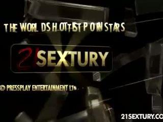 see spanish, piercings film, pussy licking vid