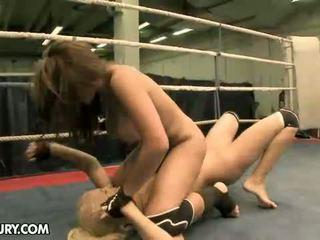 groot lesbisch mov, meest lesbische strijd thumbnail, mooi muffdiving video-