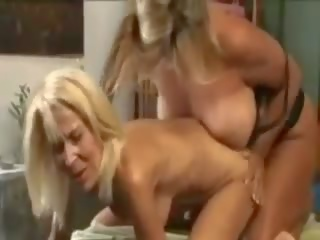 lesbians, ideal milfs see, rated massage