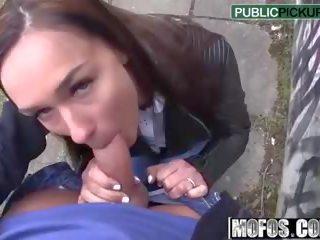 Victoria Sweet - Hot Euro Chicks Round Ass - Public Pick