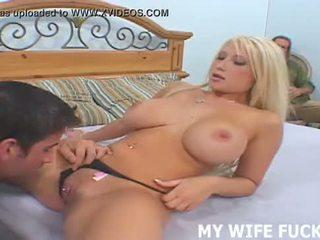 Ver su esposa starring en un hardcore porno