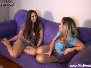 Lesbian Hook Up With Carmen Valentina And Mindi Mink