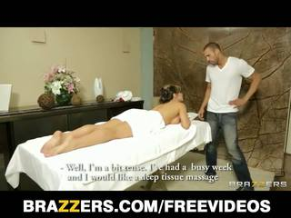 Brazzers - Busty Spanish Babe Esperanza Gomez Gets A Massage