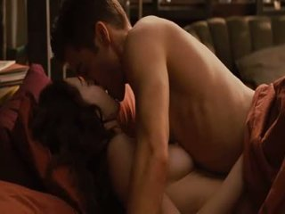 Anne Hathaway Love And Other Drugs