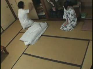 Japonesa dona de casa massagem caralho vídeo