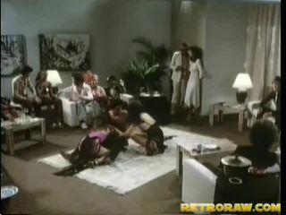 briunetė, hardcore sex, grupė šūdas