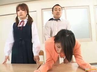 Boss bangs seine sekretärin