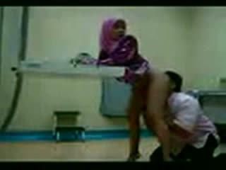 Arab hijab fucked w jej gynecologist wideo