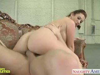 Beauty athlete Jayden Jaymes fuck in the gym