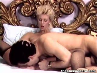 Mezclar de movs por un clásico porno