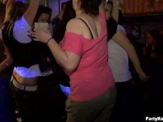 Yong дівчина трахкав жорсткий після dance
