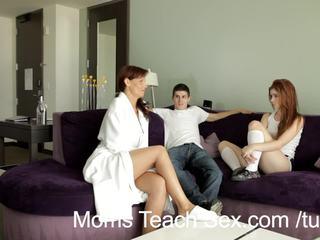 Moms ensinar sexo - ruiva jovem grávida gets sexo lesson a partir de hooters stepmommy