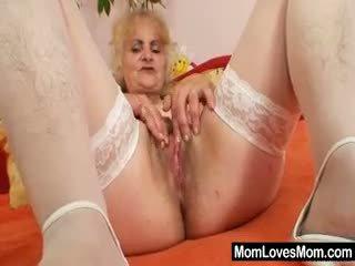 Pieauguša dominika vecs vāvere gaping un masturbation