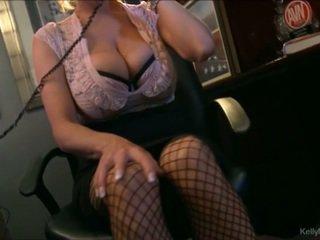 Грудаста kelly madison has гаряча телефон секс в її офіс