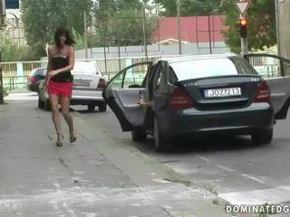 Meistars punishing karstās sexslave