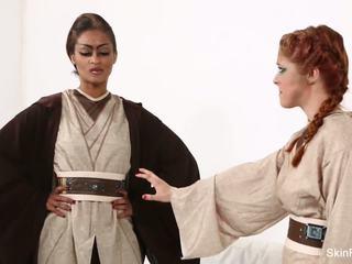 Jedi Skin Diamond shows Penny Pax the force