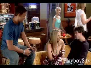 Guyonan on friends phoebe gives head and gets fucked