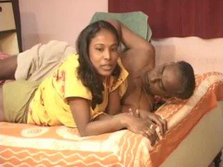 Barabanki casal velho men com jovem indiana miúda