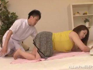 Apaļas aziāti babe's liels bumbulīši natsuko kayama