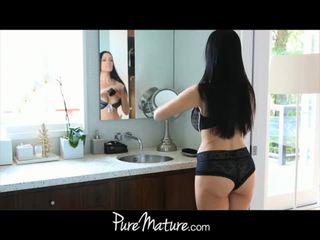 Puremature anya takes 12-inch fasz