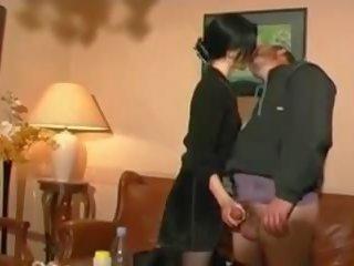 Stp vandalis tāpat meita enjoys a pilns diena ar tētis: porno 95