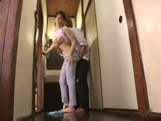 日本語 角質 ボーイ attacked 彼の 継母 ビデオ