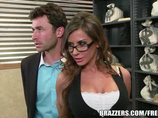 Madison ivy's sempurna bokong gets terbelah oleh dia boss's kontol