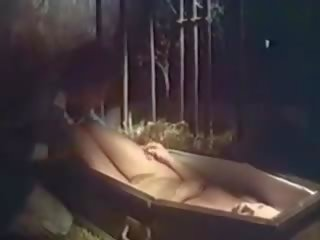 Lust at First Bite 1979, Free Retro Porn Video 9b